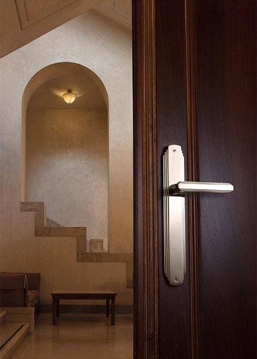 head-glamor-door-handle